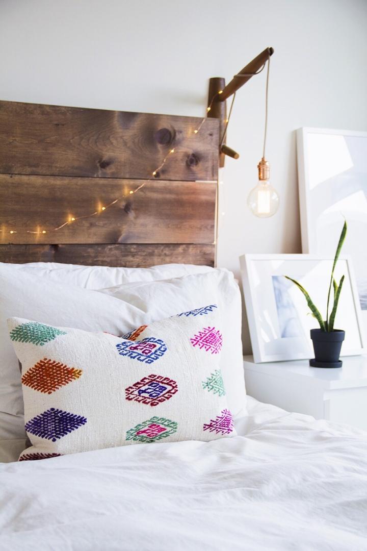 Boho-bedroom-lighting.jpg