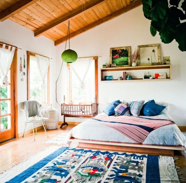 Boho-bedroom-natural-light